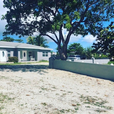 BEACH BREEZE RENOVATED BEACH VIEW HOME, 410153, Residential Properties