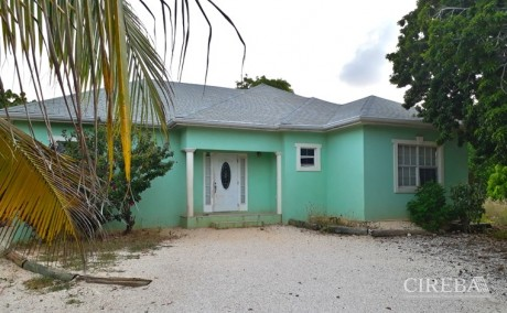 CAYMAN BRAC  HOME OFF CHARLOTTE'S ROAD, 3 BEDROOM, 404446, Residential Properties