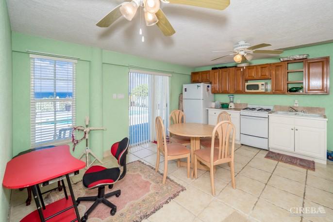 CAYMAN BRAC GUEST HOUSE PLUS BEACH FRONT LOT - Image 21