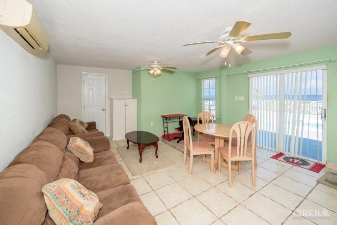 CAYMAN BRAC GUEST HOUSE PLUS BEACH FRONT LOT - Image 22