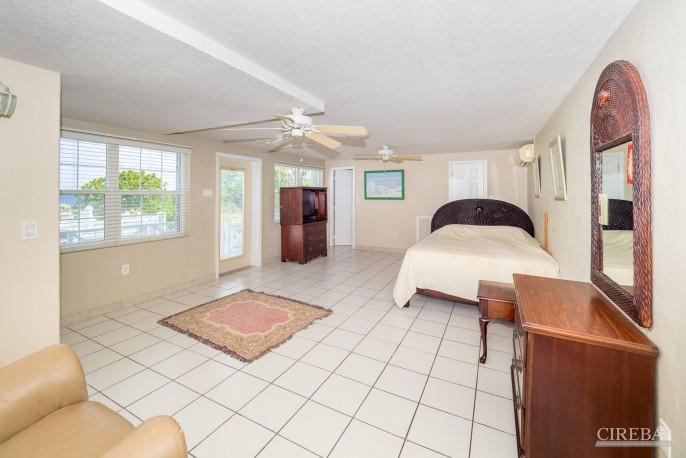 CAYMAN BRAC GUEST HOUSE PLUS BEACH FRONT LOT - Image 24