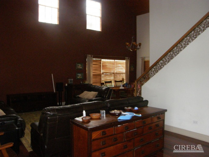 LOWER VALLEY HOME - Image 14