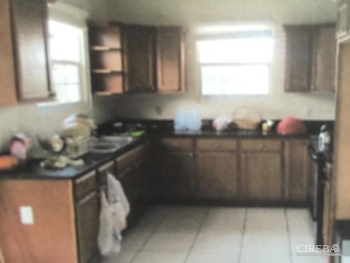 CAYMAN BRAC  HOME OFF CHARLOTTE'S ROAD, 3 BEDROOM - Image 3