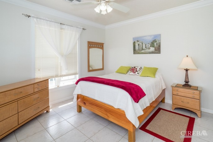 CAYMAN BRAC GUEST HOUSE &  BEACH LOT ! - Image 3