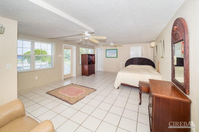 CAYMAN BRAC GUEST HOUSE &  BEACH LOT ! - Image 1