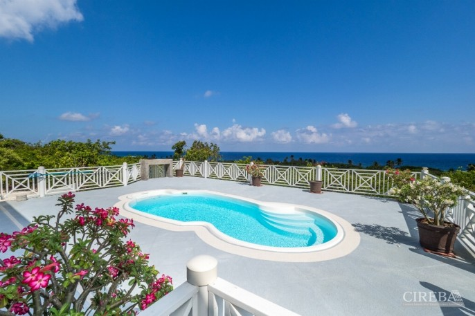 CAYMAN BRAC GUEST HOUSE &  BEACH LOT !