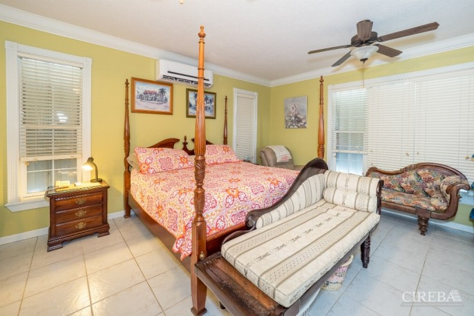 CAYMAN BRAC GUEST HOUSE &  BEACH LOT ! - Image 6