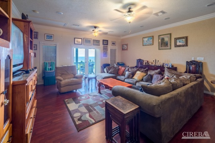 CAYMAN BRAC GUEST HOUSE &  BEACH LOT ! - Image 8