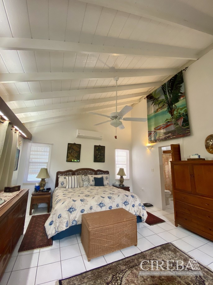 CAYMAN BRAC COTTAGE ON OVER 7 ACRES OF LAND - Image 17