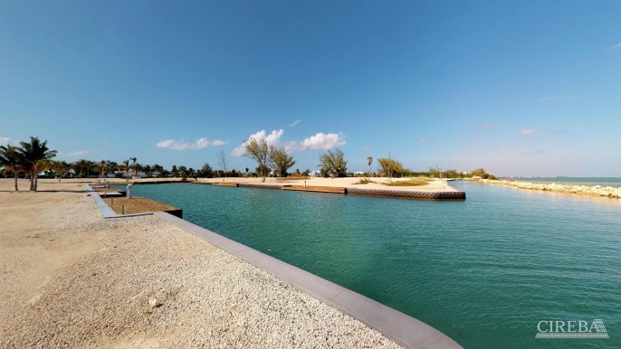 DIAMOND'S EDGE WATERFRONT ESTATE LOT - Image 8