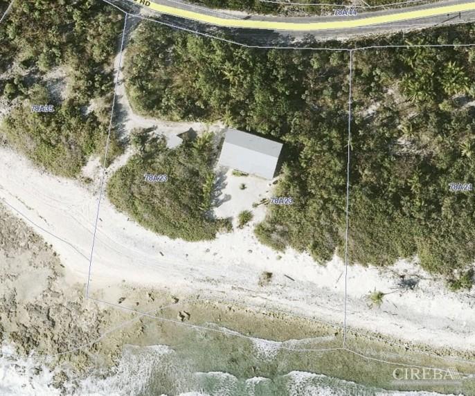PRESTON BAY BEACH FRONT HOUSE - Image 10