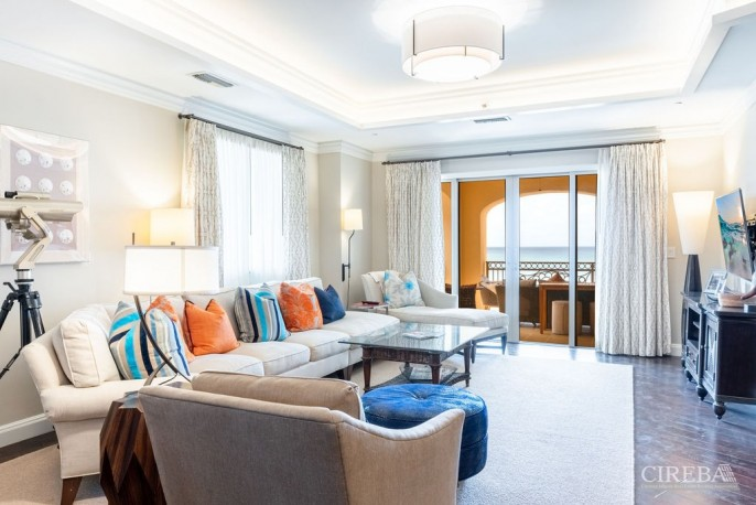 THE RITZ-CARLTON PRIVATE RESIDENCE #609 - Image 3