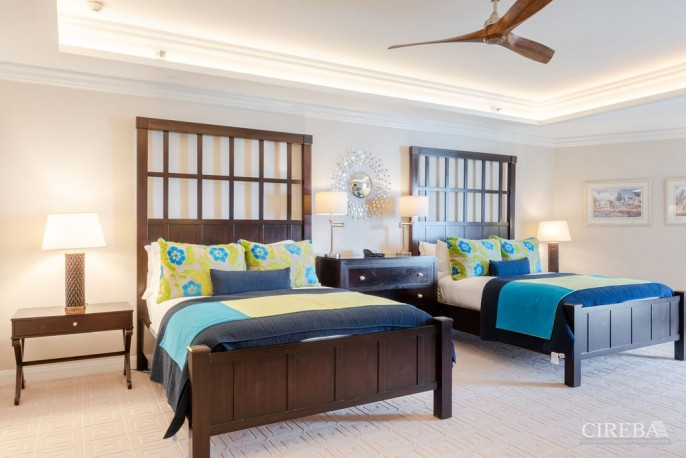 THE RITZ-CARLTON PRIVATE RESIDENCE #609 - Image 15