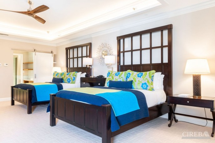 THE RITZ-CARLTON PRIVATE RESIDENCE #609 - Image 16