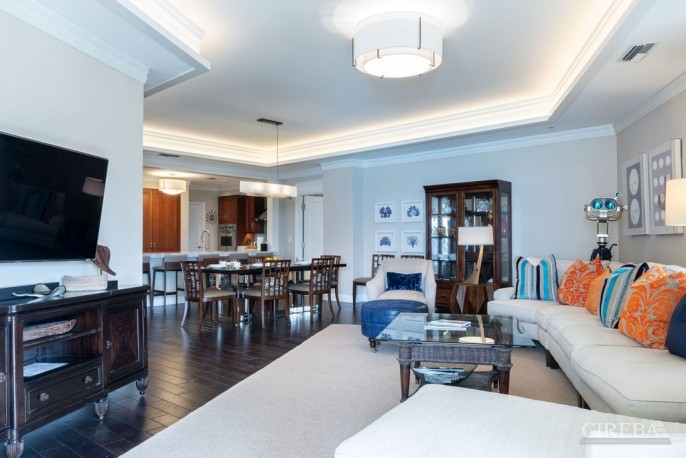 THE RITZ-CARLTON PRIVATE RESIDENCE #609 - Image 4