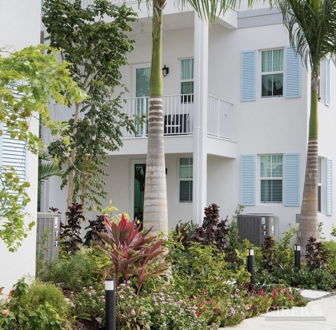 PERIWINKLE â?? PAY 0% STAMP DUTY - BEAUTIFUL 3 BED GARDEN TOWNHOME WITH DOCK - Image 9
