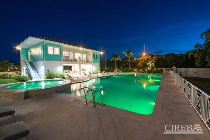 PERIWINKLE â?? PAY 0% STAMP DUTY - BEAUTIFUL 3 BED GARDEN TOWNHOME WITH DOCK - Image 10