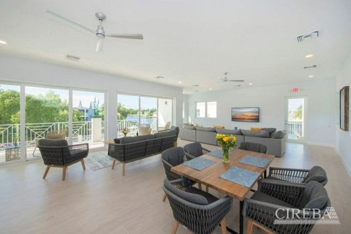 PERIWINKLE 3 BED 3 BATH GARDEN HOME - PAY 0% STAMP DUTY - MOVE IN NOVEMBER 2021 - Image 9