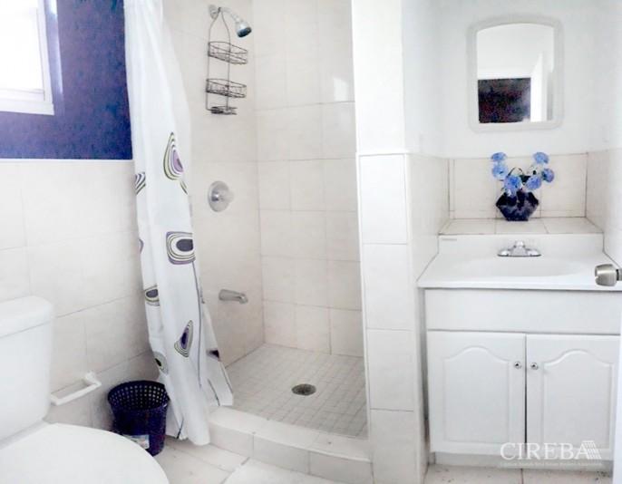 2 BEDROOM HOME - SUN VALLEY DRIVE, CAYMAN BRAC - Image 17