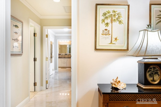 THE RITZ-CARLTON PRIVATE RESIDENCE #206 - Image 19