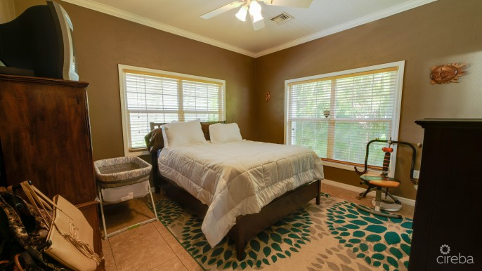 NORTH SOUND GARDENS 3 BED SINGLE FAMILY HOME - Image 2
