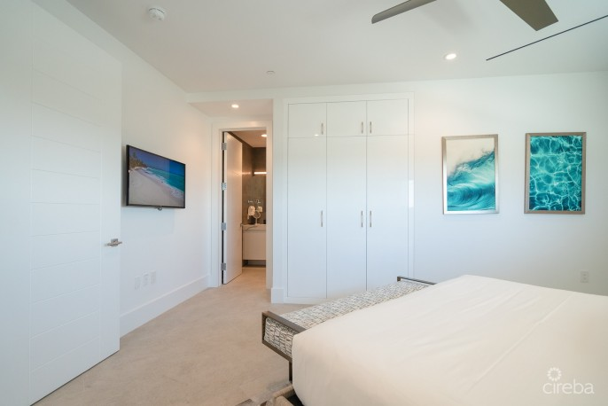 RUM POINT CLUB PENTHOUSE - Image 9