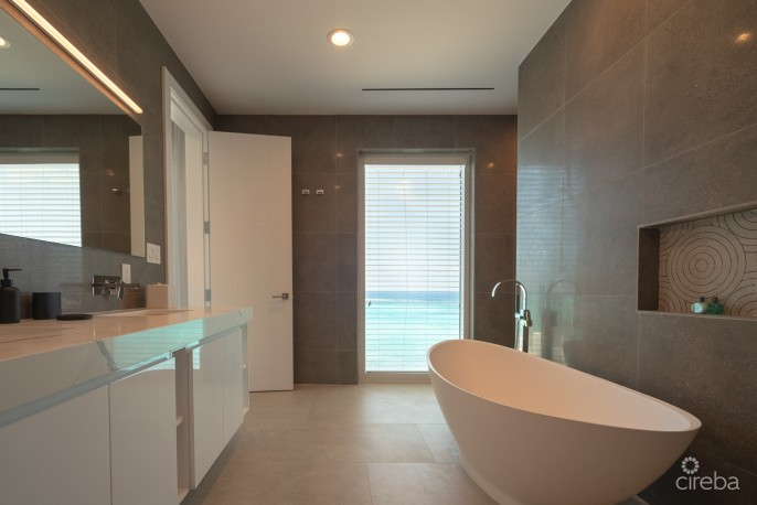 RUM POINT CLUB PENTHOUSE - Image 27