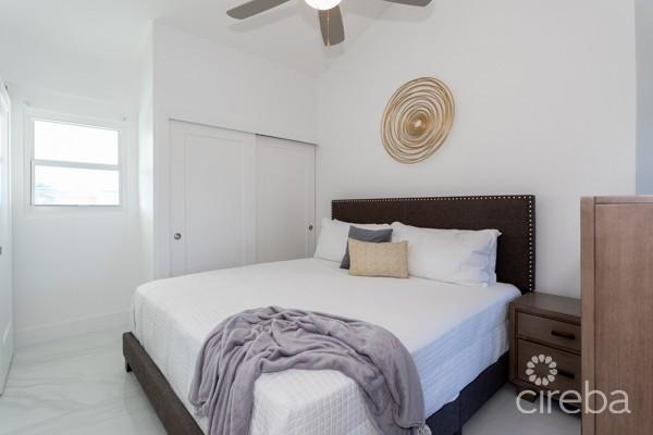 CAYMAN REEF RESORT, 4 BEDROOM FULLY REMODELED - Image 7