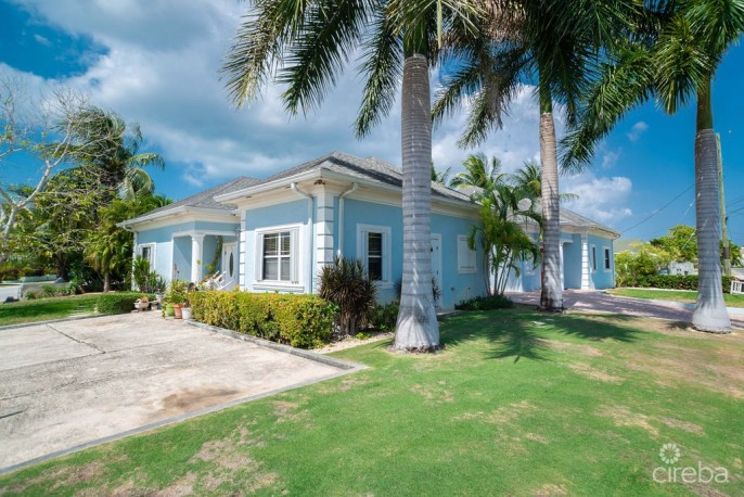 INCOME PRODUCING SPOTTS DUPLEX WITH POOL - Image 3