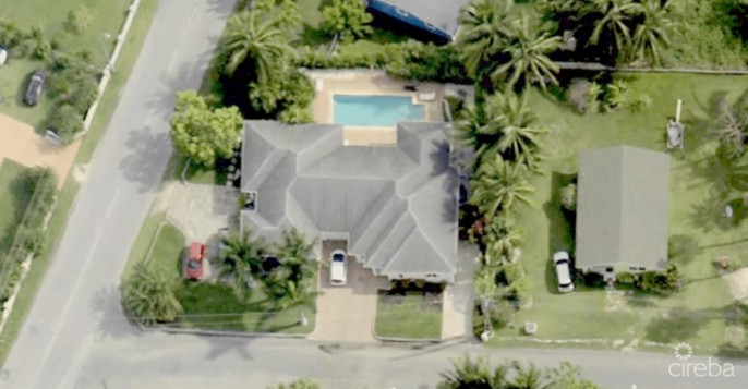 INCOME PRODUCING SPOTTS DUPLEX WITH POOL - Image 6