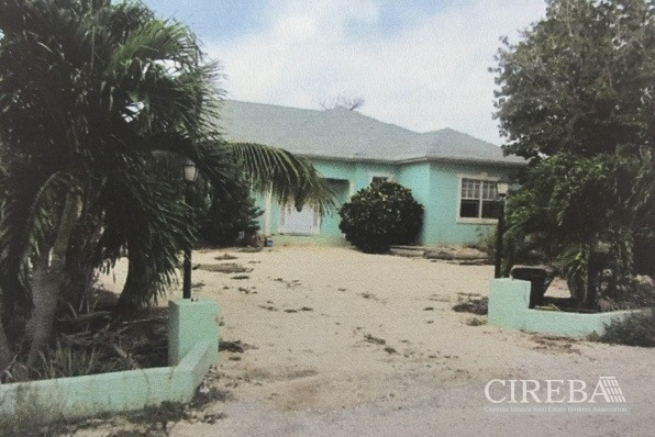 CAYMAN BRAC HOME - THREE BEDROOM
