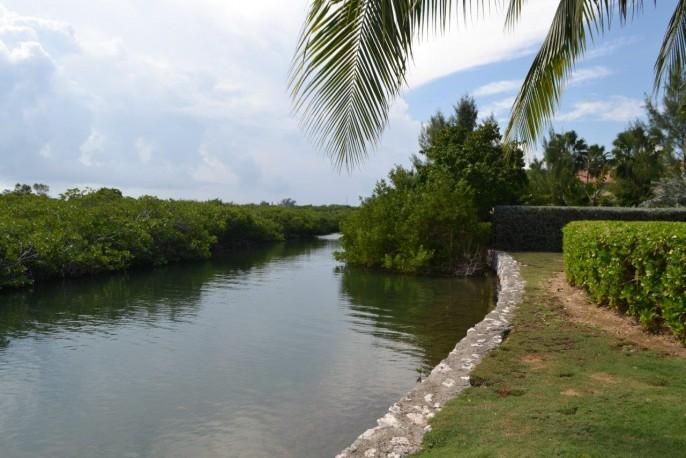 685 Yacht Drive, Yacht Club - Image 9