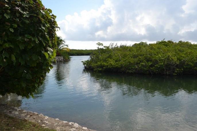685 Yacht Drive, Yacht Club - Image 10