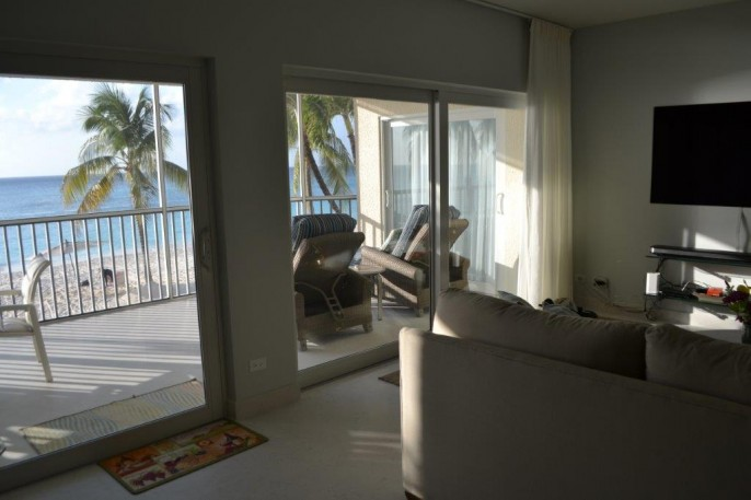 COLONIAL CLUB   SEVEN MILE BEACH 3 Bedroom Beach Front Condo (!) #14 - Image 9