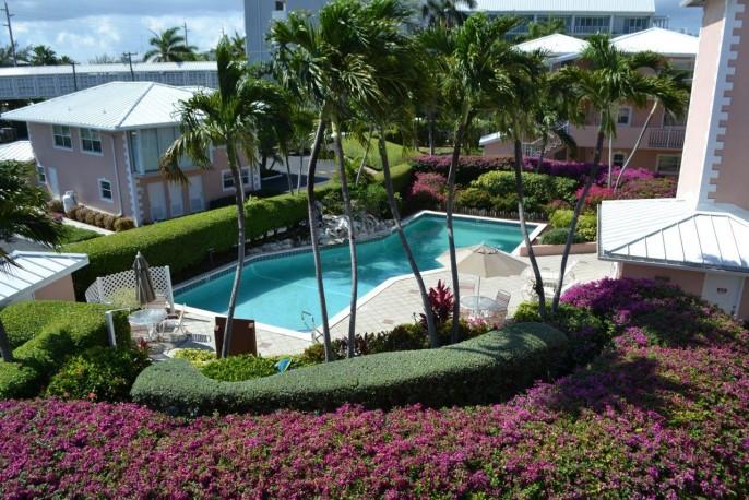 COLONIAL CLUB   SEVEN MILE BEACH 3 Bedroom Beach Front Condo (!) #14 - Image 21