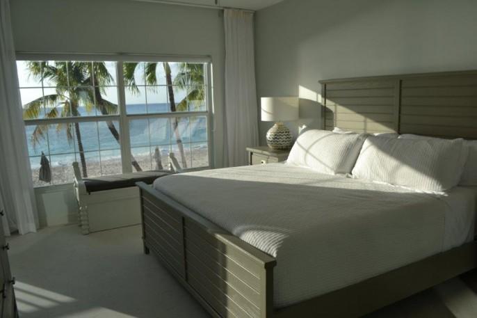 COLONIAL CLUB   SEVEN MILE BEACH 3 Bedroom Beach Front Condo (!) #14 - Image 11