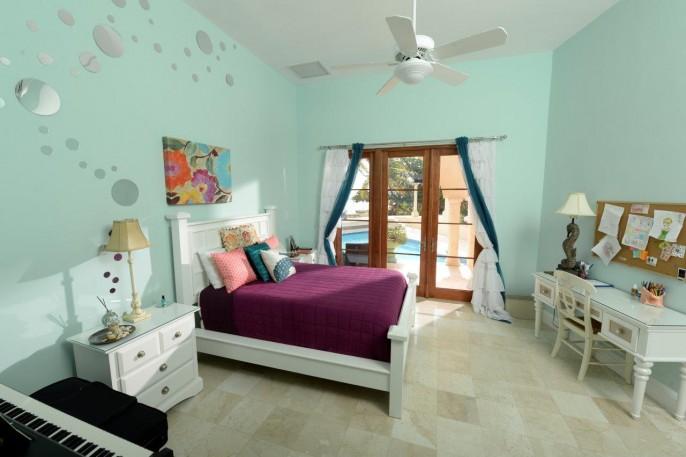 MIRAMAR, a Vista Del Mar Estate, #113 Ironshore Drive, Grand Cayman (Tremendous Value!) - Image 9