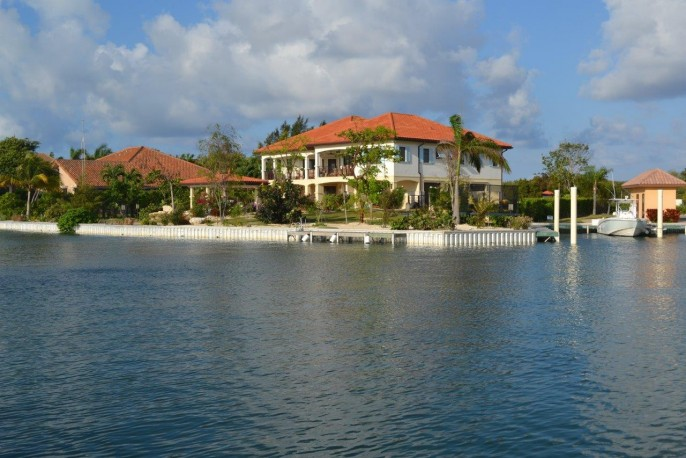 The Dock House, a YACHT CLUB & VISTA DEL MAR Residence - Image 9