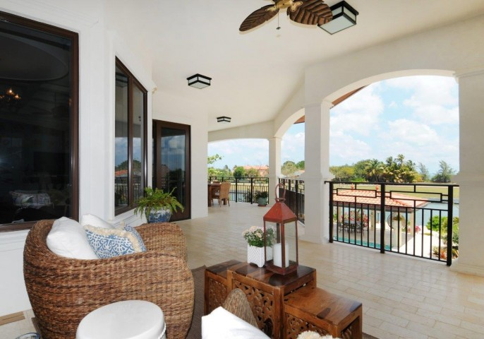 The Dock House, a YACHT CLUB & VISTA DEL MAR Residence - Image 29