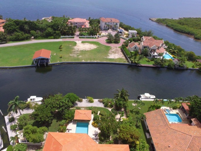 The Dock House, a YACHT CLUB & VISTA DEL MAR Residence - Image 41