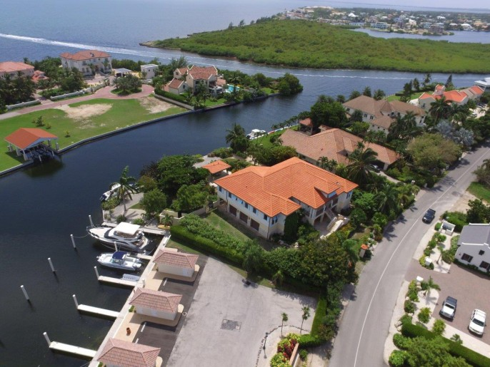 The Dock House, a YACHT CLUB & VISTA DEL MAR Residence - Image 34