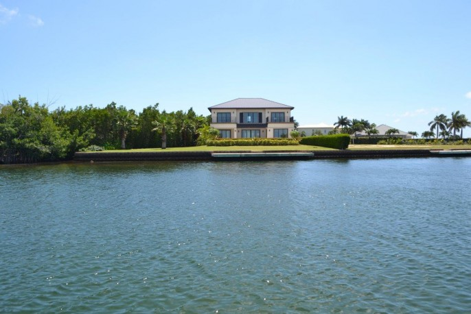 the AQUILO Residence, at the tip of South Reach, Grand Harbour - North Sound Ocean Frontage - Image 20