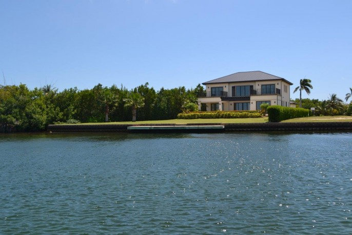 the AQUILO Residence, at the tip of South Reach, Grand Harbour - North Sound Ocean Frontage - Image 23
