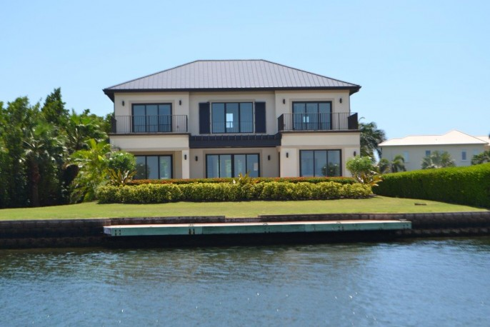 the AQUILO Residence, at the tip of South Reach, Grand Harbour - North Sound Ocean Frontage - Image 21