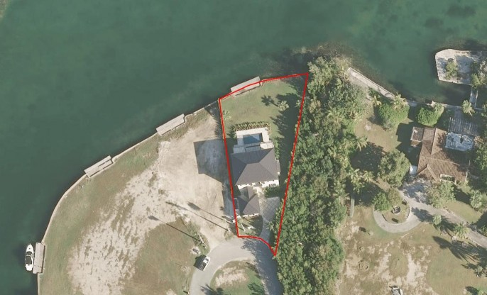 the AQUILO Residence, at the tip of South Reach, Grand Harbour - North Sound Ocean Frontage - Image 26